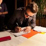 Gene Maynard signs to UF